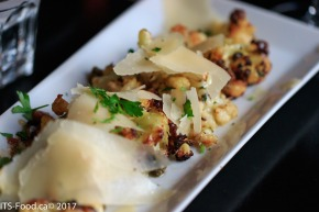 Roasted Cauliflowercrispy capers, pecorino & prosciuttoprobably the best roasted Cauliflower - EVER